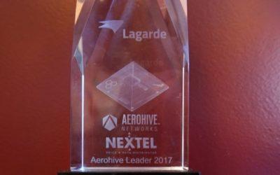Lagarde ontvangt Aerohive Leader Award op Nextel event