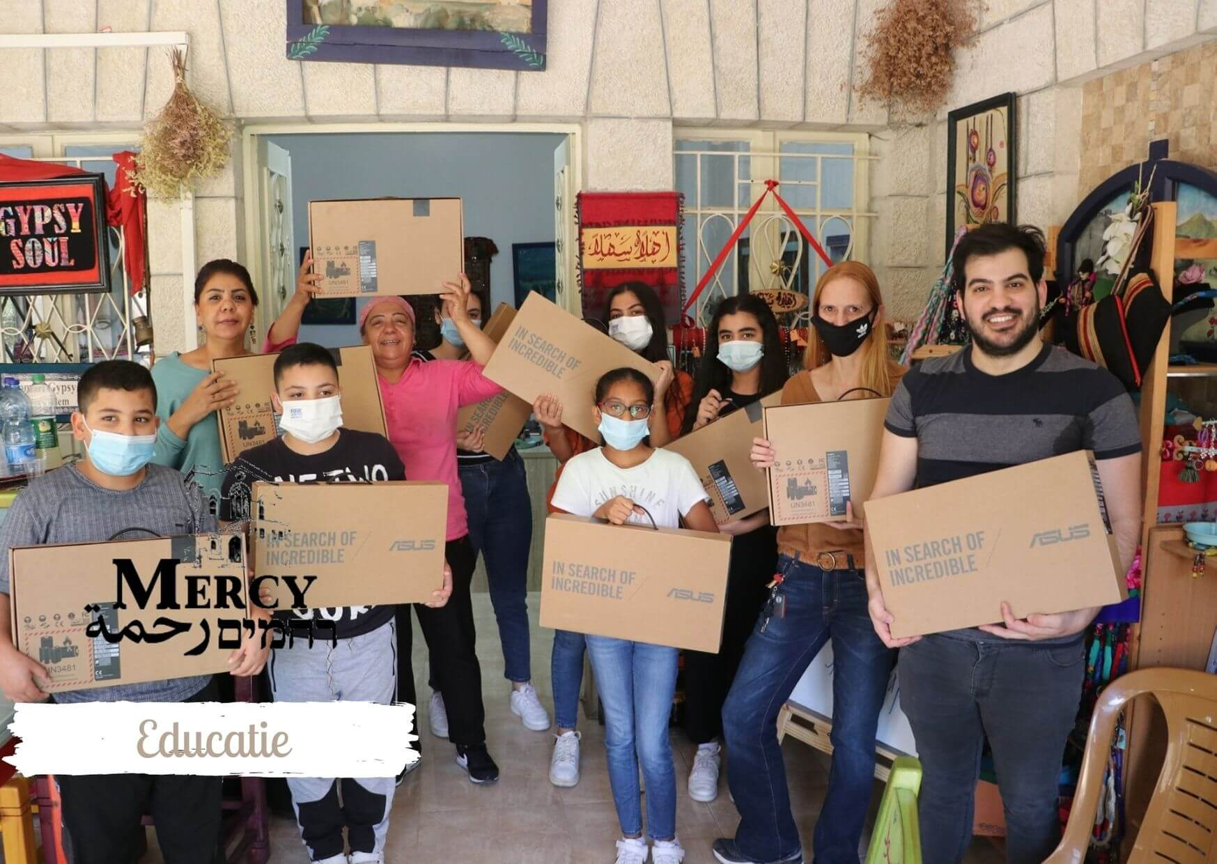 Mensen geholpen door mercy fonds Jeruzalem